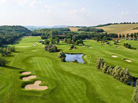温泉付きホテル併設も!ハンガリーで楽しむゴルフ場4選