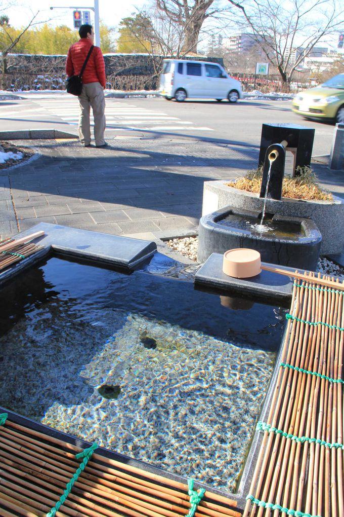 市内随所に清らかな水が湧く「城下町湧水群」