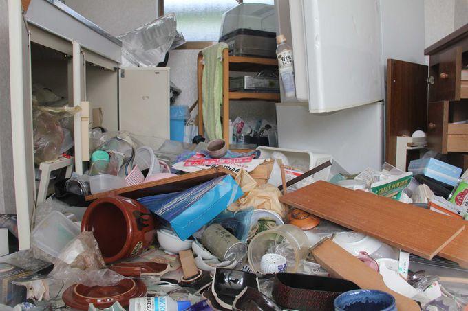 リアルに再現された台所で被災の様子を実感