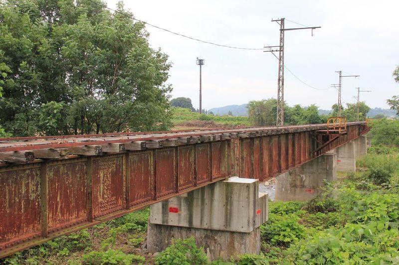 廃線マニア必見!長野電鉄木島線は鉄橋や架線柱も残る廃線跡