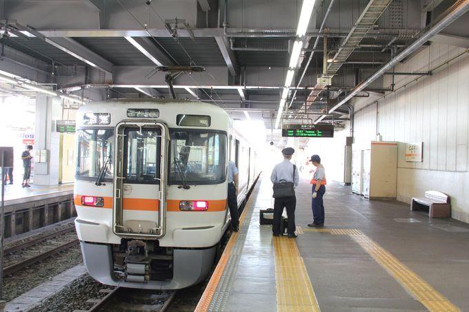 終着駅まであと約1時間。愛知県本長篠駅