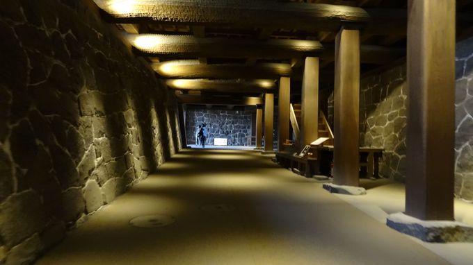 本丸御殿の下に通路が、「闇り通路」を通らないと天守には行けない!