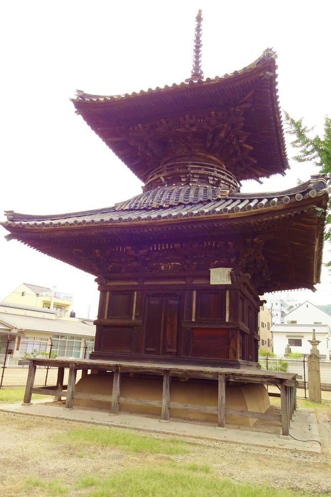 遍照寺多宝塔は、天領笠岡の中心に位置したシンボル!