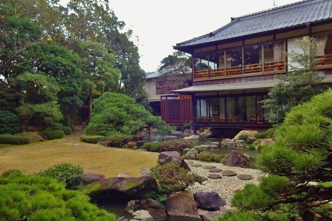 庭師7代目小川治兵衛によって枯山水から現在の庭園へ・・
