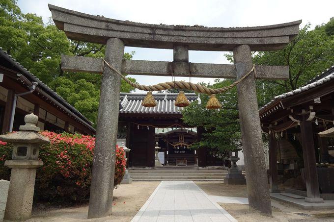 糸碕神社神門は、三原城内の遺構