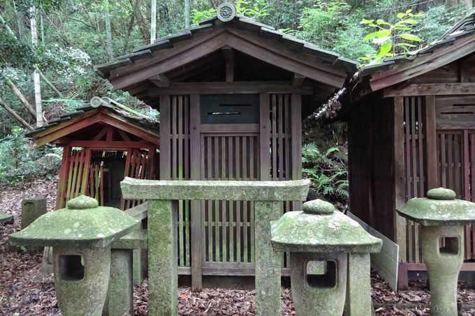 菅家の方々が眠る墓所〜菅茶山の墓は重要文化財