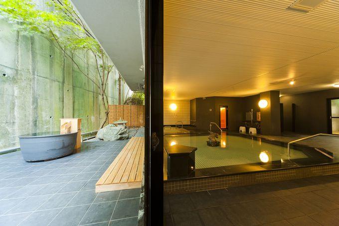 タイプの違う二つの大浴場はお肌つるつるラドン泉や乳酸菌の湯?!