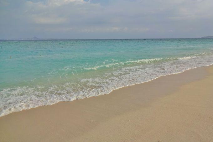 沖縄本島屈指の透明度を誇る瀬底ビーチ