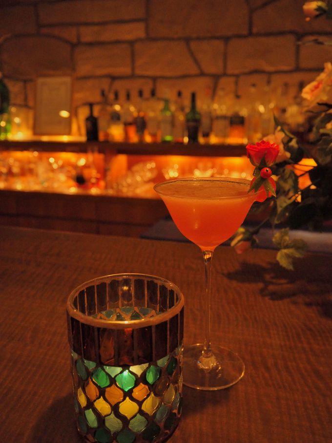 福山のゆるキャラ「ばらの妖精ローラちゃん」カクテルで幸せに