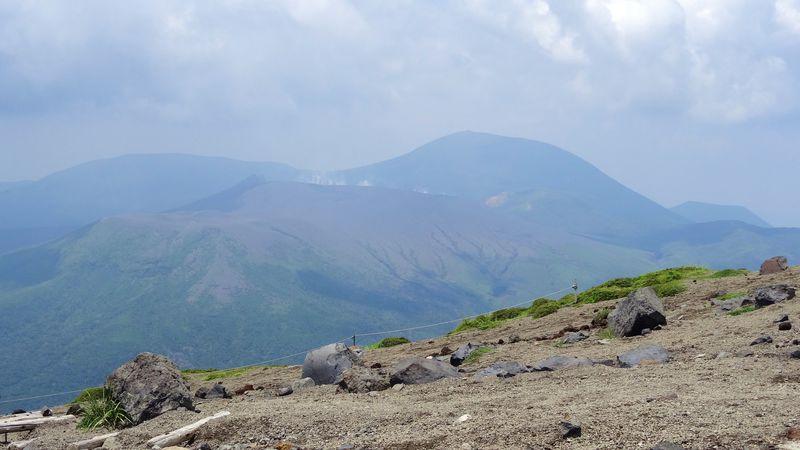 霧島神宮の元宮から天の逆鉾がある高千穂峰へ