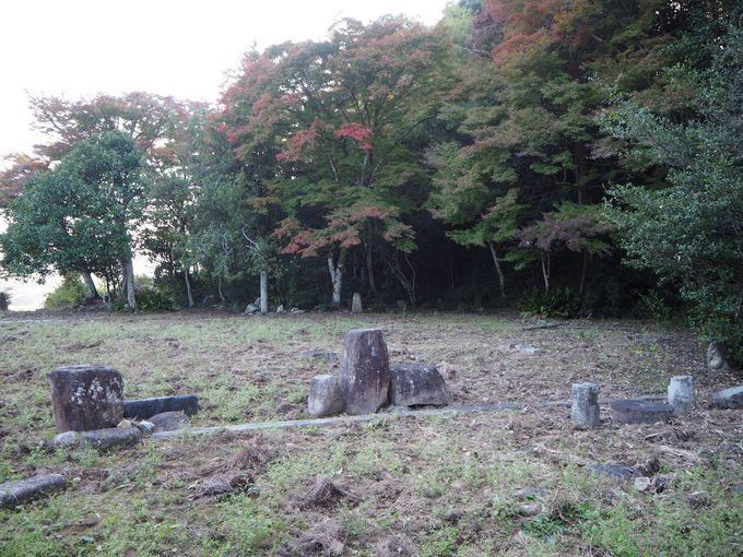 庄屋屋敷の面影残す「窪田次郎生家跡」