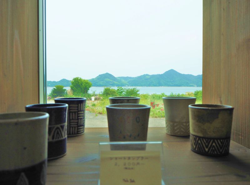 海の見える町・広島「須波町」を観光!話題のパン屋から陶芸体験まで