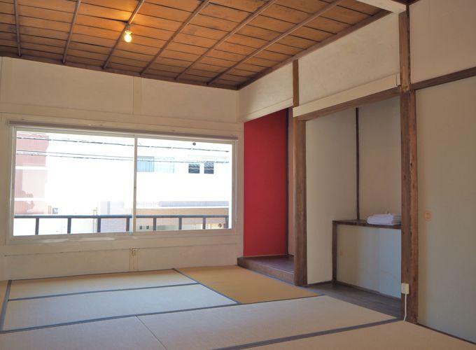 10畳半の和室〜シンプルで清潔な寝室で友人や家族と一緒に