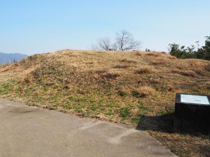 弥生時代に造られた全国最大級の四隅突出型墳丘墓「よすみ」