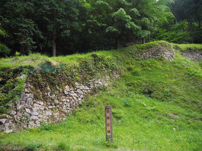 大野城最大の守りである百間石垣は必ずチェック