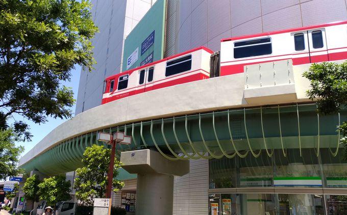 必見スポット2:橋上から、街中で、走る電車が撮影できる!