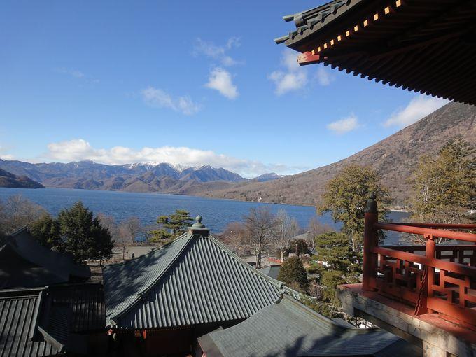 「五大堂」を出た場所から眺める風景も絶景!