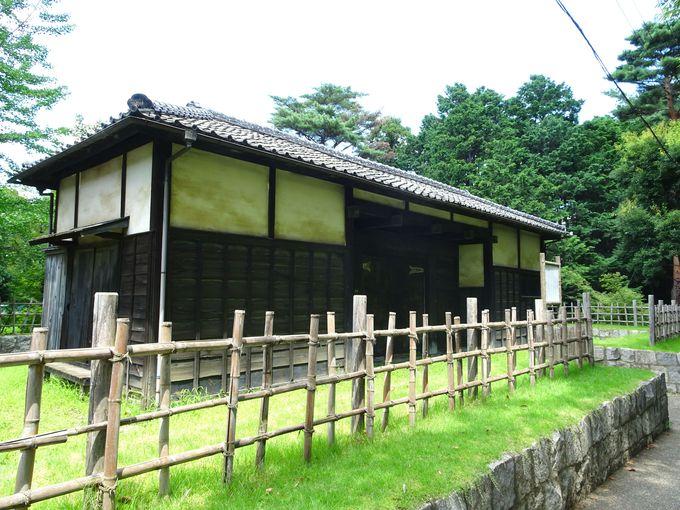 岩槻城址公園に訪れたら必見の史跡「黒門」と「裏門」