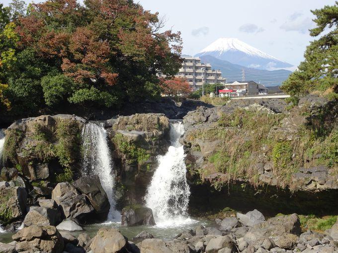 ポイント1:富士山と一緒に撮ろう「鮎壺の滝」
