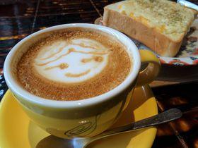 SMAPファンの聖地!?浅草「SPLENDOR COFFEE」ペリカンのパンも