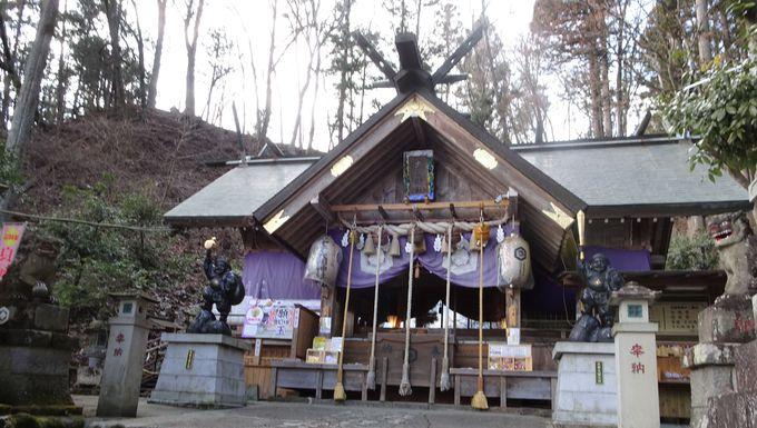 金ぴか日本一のだいこくさまがお祀り!「甲子大国神社」