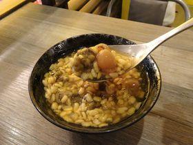 緑豆スープって何〜!?台北「緑豆蒜口舍口米」は珍ヘルシースイーツ店
