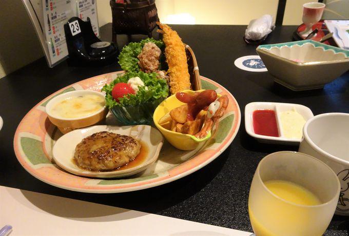 夕食は米沢の厳選された旬の食材を味わえる会席料理!