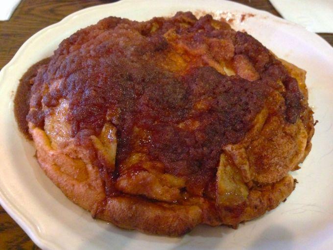 オリジナルパンケーキハウスのアップルパンケーキ