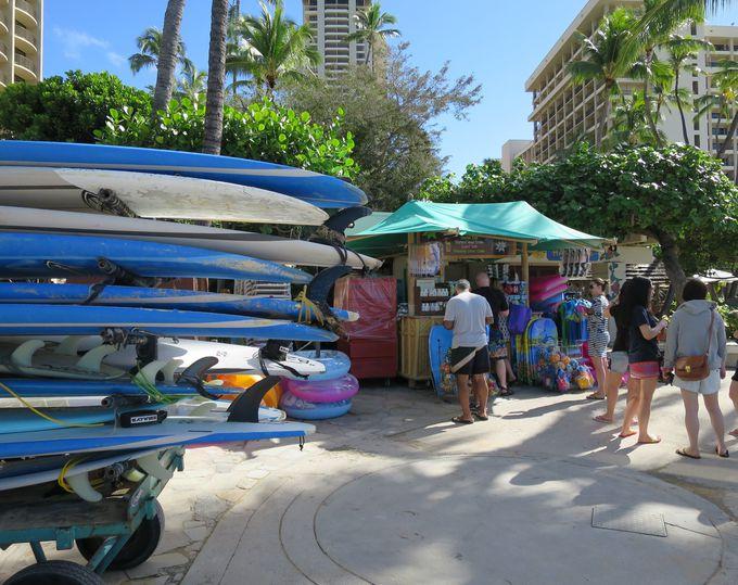 デューク・カハナモクビーチへの行き方と宿泊者以外にも優しいヒルトン・ハワイアン・ビレッジ