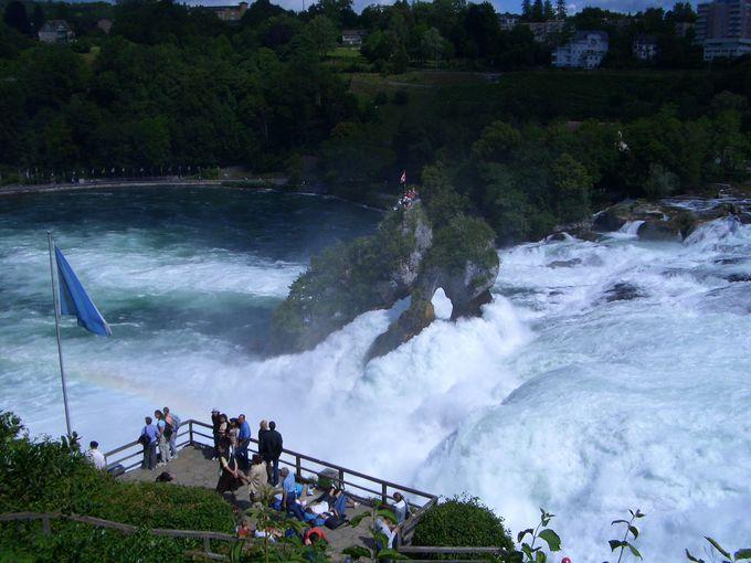 3.ラインの滝(スイス)