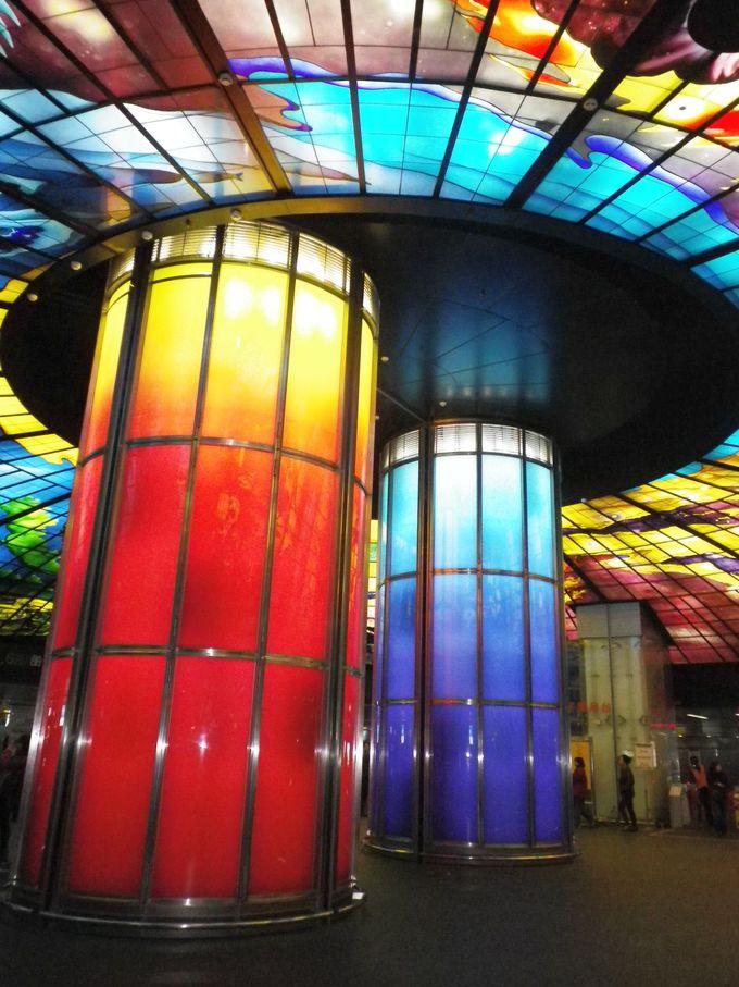 パブリックアート。光のドーム!