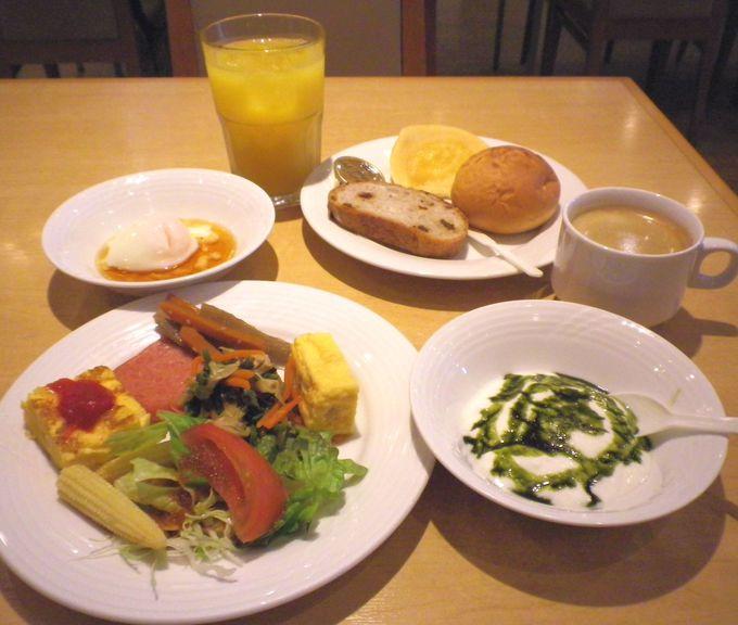 ホテルの朝食ビュッフェ♪