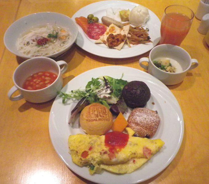 豊富な朝食ビュッフェ♪