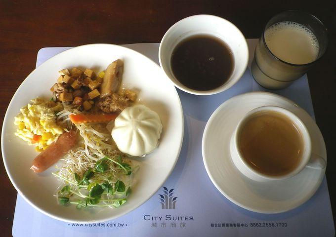 中華メインの朝食
