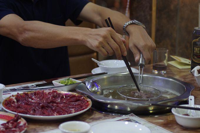 中華風しゃぶしゃぶ「潮汕大目牛肉火鍋城」