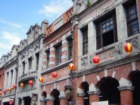 ノスタルジックな「三峡老街」&東方芸術の殿堂「三峡清水祖師廟」を楽しもう!