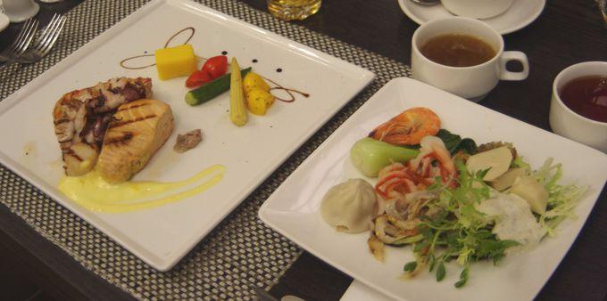 夕食&朝食はオシャレなレストランで!
