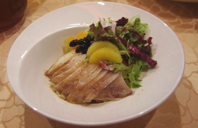 体にいい漢方スープやおつまみにピッタリな料理も!