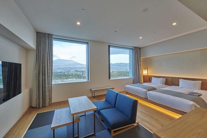 富士山をひとり占め!「HOTEL CLAD」で温泉もグルメも満喫