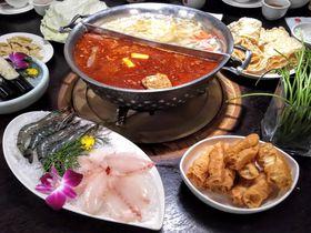 宮廷気分で味わう台中発祥鍋!鍋はまるで古代の器「鼎王麻辣鍋」