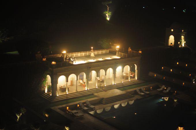 夕刻のイベント、インドの伝統舞踊を観賞。