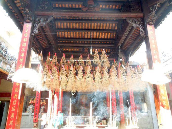 初詣気分で寺院を参拝