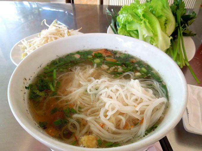 ベトナム麺はフォーだけではありません!脂っこいのが好きな方は要チェック!