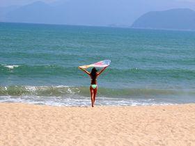 ベトナム・ニャチャンビーチで1日過ごす!南国の雰囲気たっぷり!