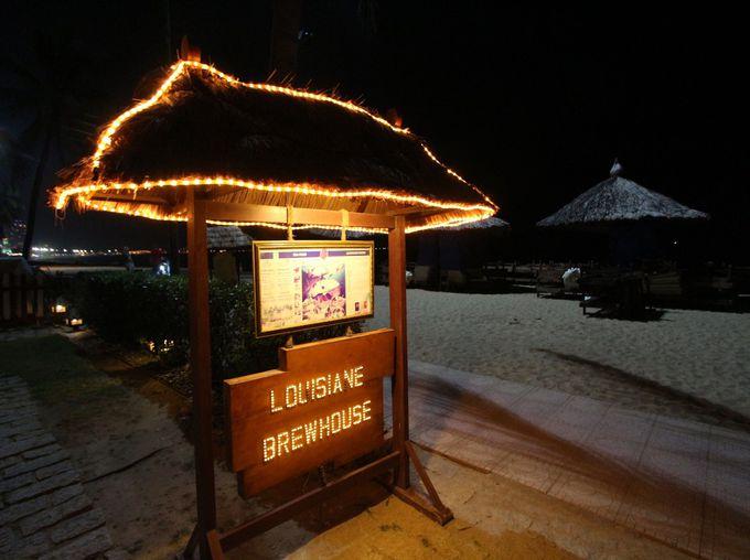 ニャチャンビーチに構えるシーサイドレストラン&バー