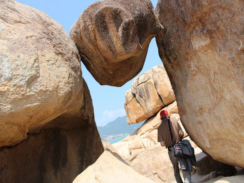ベトナムのホンチョン岬で奇岩と出逢う。シーサイドカフェも!