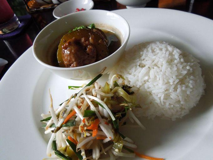 アジアと西洋料理を堪能