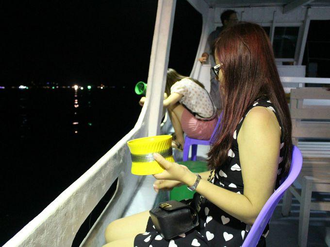 イカ釣りツアーが旅行客に大人気!