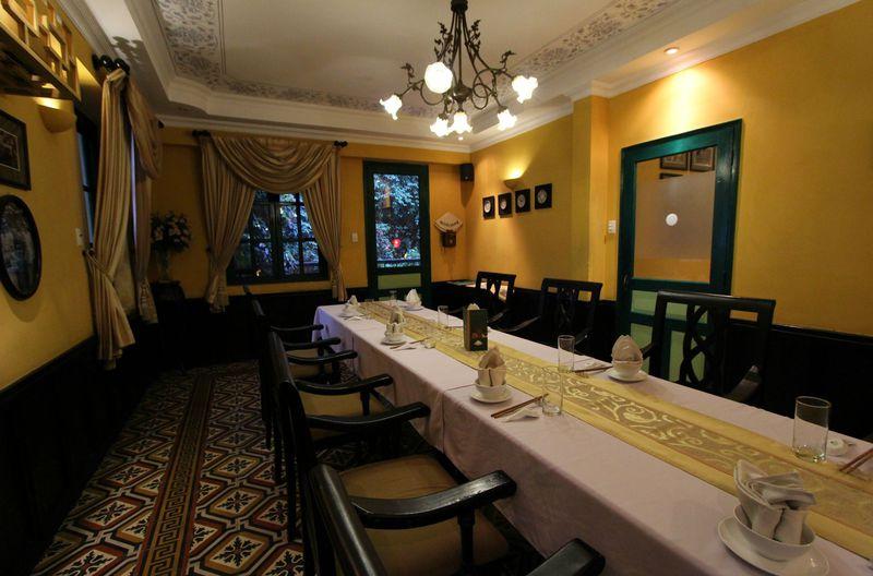 ホーチミンで古き良きフランス時代と南ベトナム時代を感じるレストラン