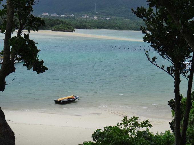 日本百景のひとつ、川平湾。
